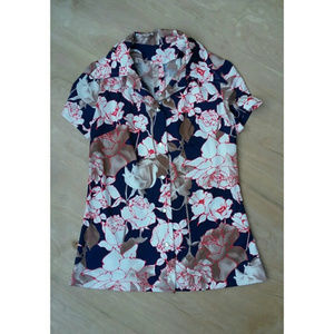 Vintage button up red white blue floral blouse